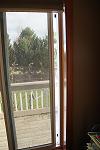 crack window